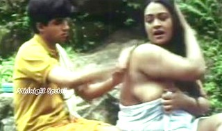 Hot shakeela side boob from movie kameshwari