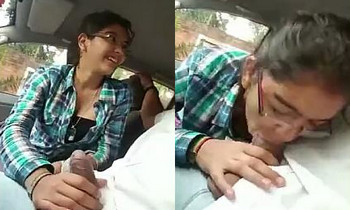 Desi Girl BJ in car