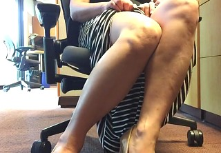 Hot daring exhibition from a hot call center girl