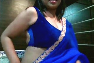 beautiful desi lady is back with clear hindi audio