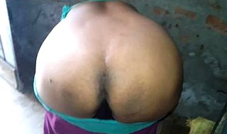 Desi aunty strip and ass show