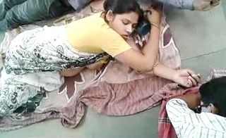Desi bhabhi milky boobs captured in railway platform floor