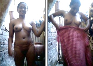 Desi girl take towel off showing full naked body
