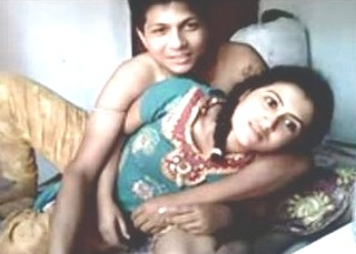 indian deshi Cute Hot Couple Homemade Fucking