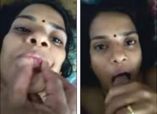 desi aunty hot blowjob her bf