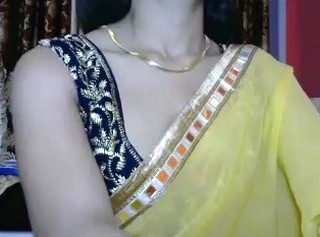 Cute indian Girl Showing her boobs on cam with Hindi audio