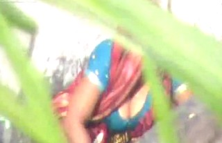 Desi Bhabhi bathing show