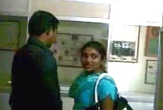 Desi boy and Girl romance in Office caught