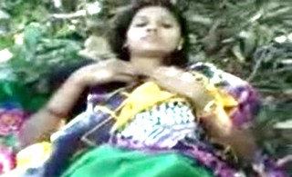Indian Desi girl fucked outside in village fields