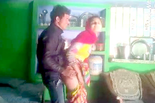 Rajasthani Cheating Bhabhi Fucking With Her Lover in Kitchen.
