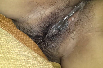 Desi wife hot hairy pussy closeup