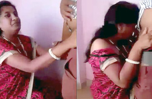 Indian desi south aunty hot blowjob