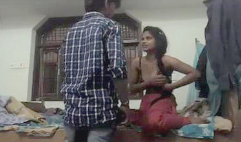 Indian College Girl having Sex with lover