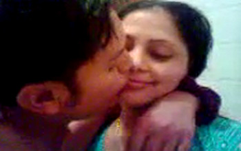 Desi girl kissed and boobs sucked in bathroom