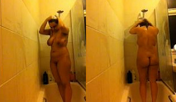 Big Boobs Indian College Girl Shower