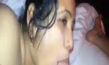 Desi bhabhi blowing owner in hotel