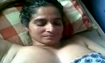 Desi Aunty With Big Boobs