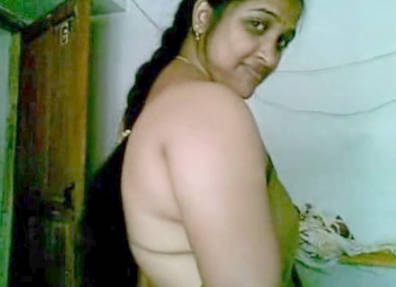 Malayali Bhabhi in Saree MMS Leaked wid Audio