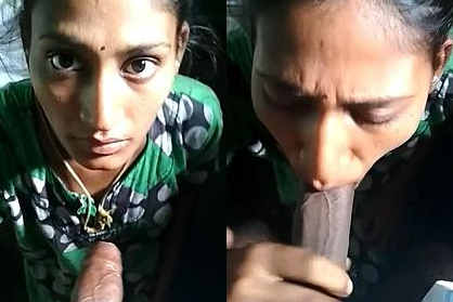 Tamil Girl Showing her Boob and blowjob