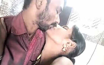 Telugu uncle and aunty kissing