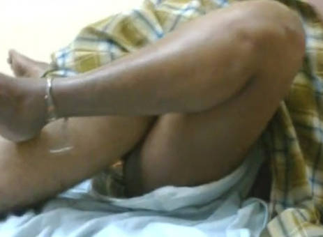 desi vilage hubby fuking servnt while wife not at home