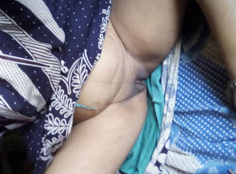 Andhra anitha bhabi fleshy ass riding on-top of hubby n fucked with moans