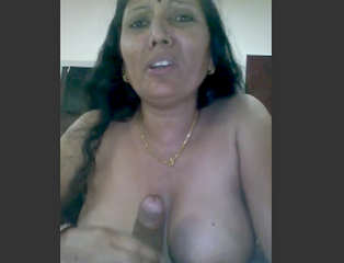 Desi village aunty suck her husband dick