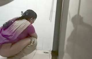 Desi village teen pee