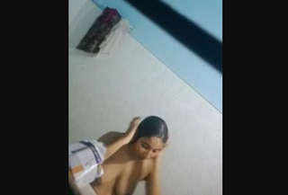 Desi village girl spy nude bath video