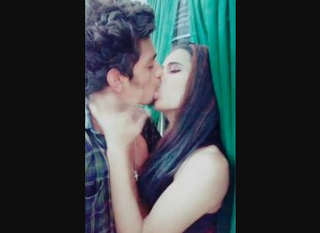 Desi lover nice kissing sen