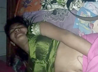 Beautiful bhabhi recorded before fucking