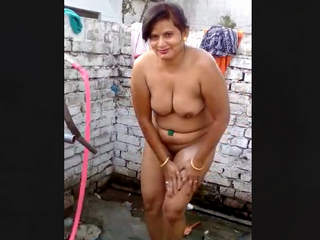 Desi Aunty Bathing Recorded In Punjabi Audio