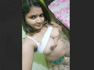 Desi Cute Girlfriend Leaked Videos Part 4