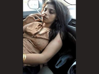 Desi Randi Bushra Nude in Car Part 2