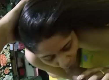 Beautiful Bhabhi Giving Bj