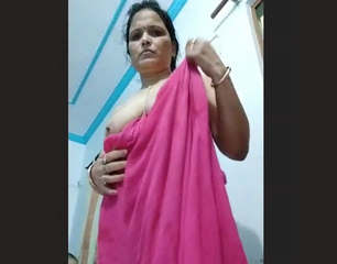 Desi Sexy bhabhi on fire part 1