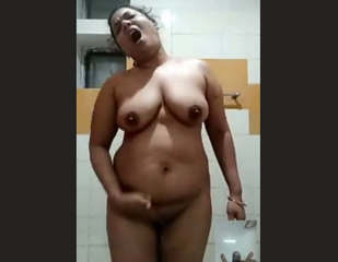 Mallu Desi Aunty On Video Call 6