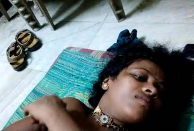 Villlage bhabhi Nude captured by hubby