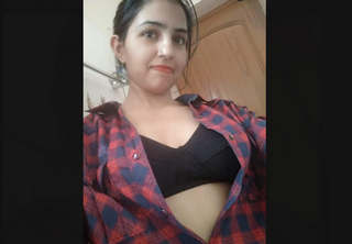 Hot Indian Bhabhi Recrod Her Nude Video Part 1