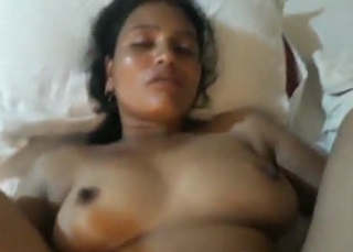Fatty bhabhi fucking by lover in hotel