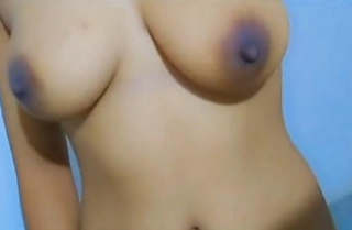Sexy Desi Girl Showing Her BoobS new Leaked MMS Part 2
