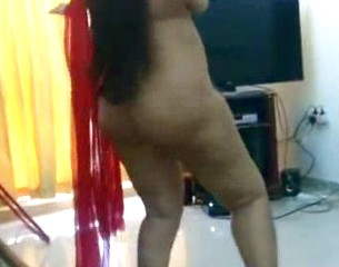 Indian_wife_enjoyed_by_friend_in_creampie_480p