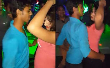 Desi girl dirty dance in gurgaon club with boys