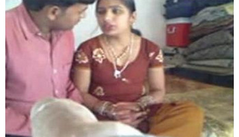 Married bhabhi fucking with friend 15 Mins wid Hot Moans