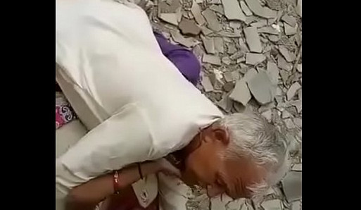 Desi hindi speaking Indian Chacha Randi ko chod te howe pakre gaye