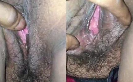 Indian aunty pink pussy and ass hole view and fingerng by lover