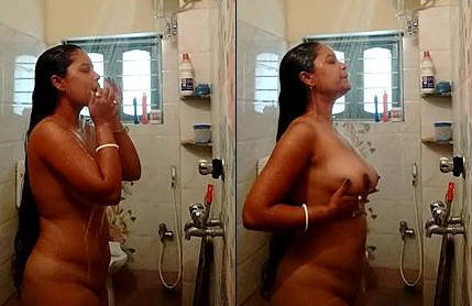Long haired desi bhabi bathing nude