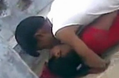 Desi Colg Lovers Sex in Open Secretely Recorded by Classmates wid Audio