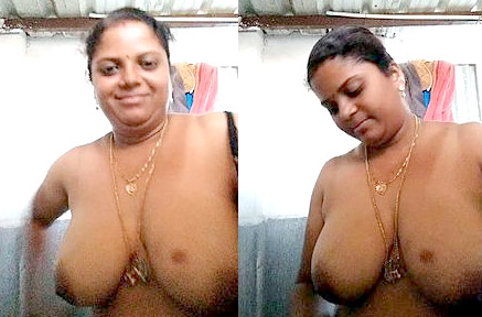 Horny Mallu Aunty Showing Her Big Boobs