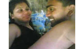 Desi Married Bhabhi Quikie with Smart devar Bhabhi recording with her moble